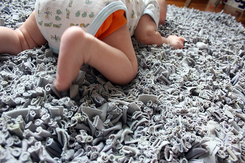 How to make a soft carpet {with your own hands}