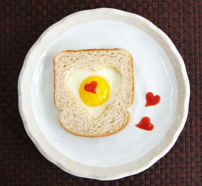 Завтрак любимому на 14 февраля своими руками