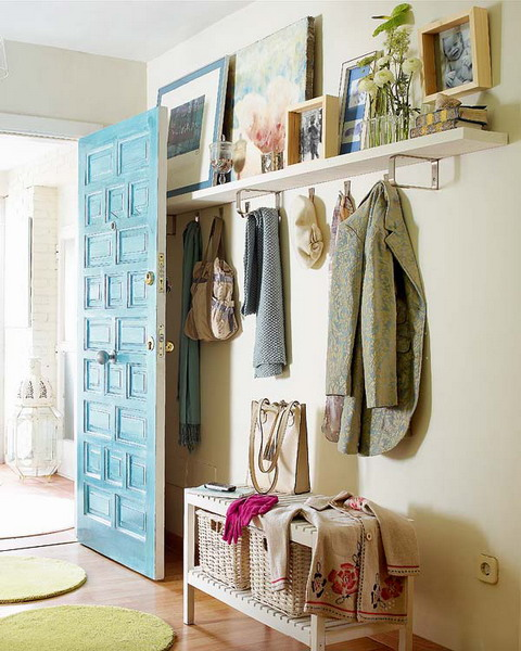 Practical solutions for small hallway