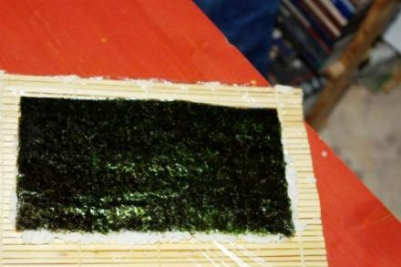 How to make Sushi California home with your own hands. Recipes sushi