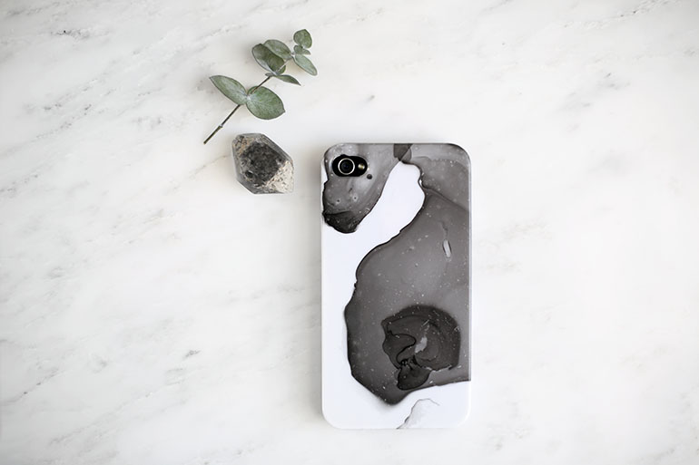 How to make a marble case for phone