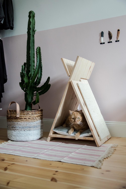 Как сделать домик для кошки своими руками из досок