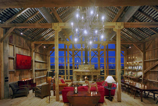 11 Fantastic examples reincarnation of old barns in residential buildings