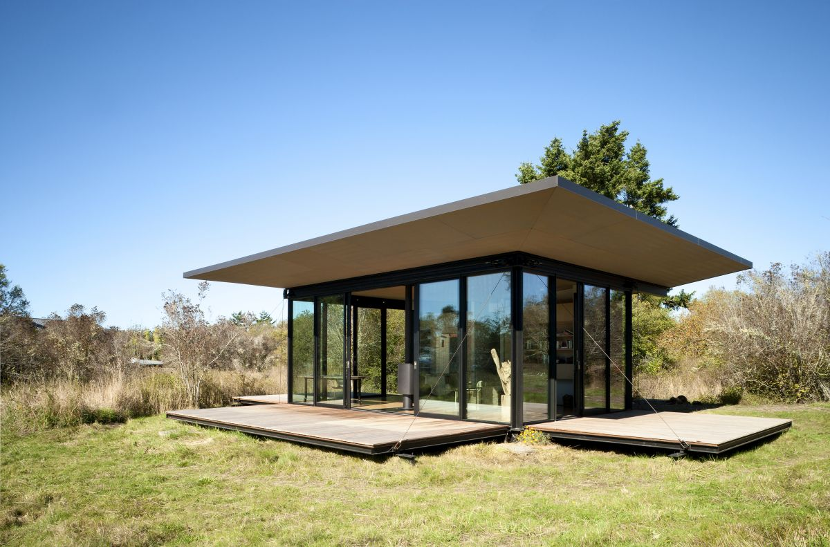 10 Houses that can survive the onslaught of zombies