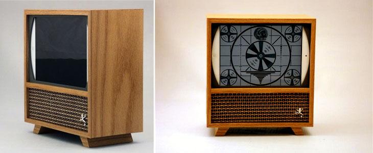 Док станция для iPad в виде телевизора из 50-х