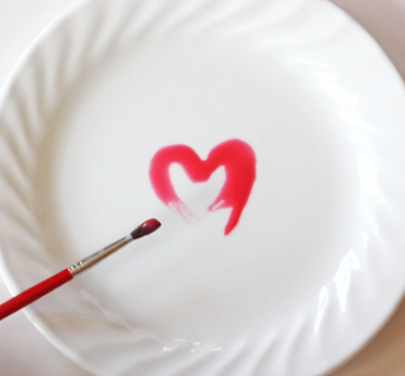 Декор посуды ко Дню Святого Валентина