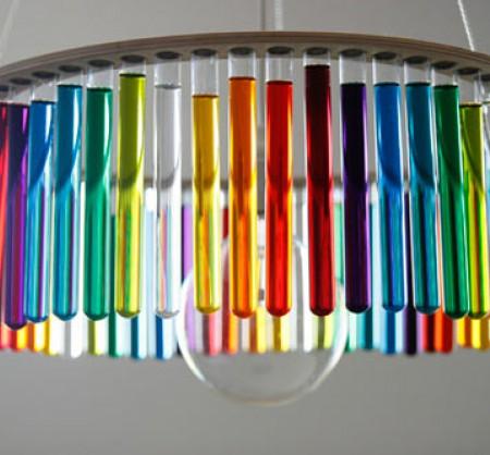 Дизайнерская люстра из пробирок