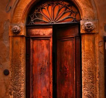 17 Красивых входных дверей
