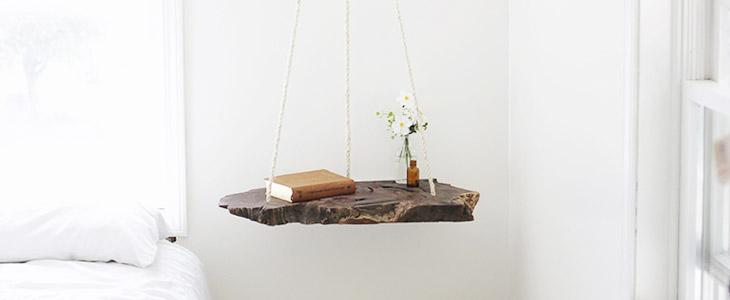 Подвесная полочка из дерева