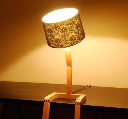 Оригинальная сидячая лампа