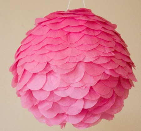 {своими руками} Декоративная розовая люстра