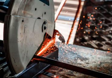 6 Вещей, которые стоит знать перед резкой металла