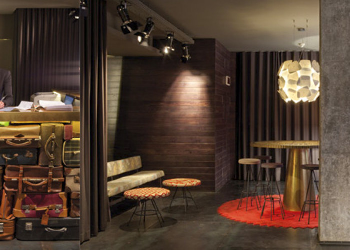 Впечатляющий отель отель Chic & Basic Ramblas
