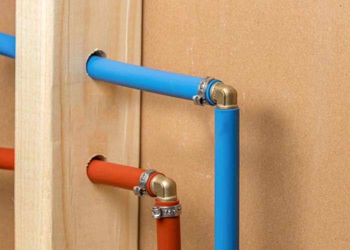 Советы по размораживанию и предотвращению замерзания водопроводных труб